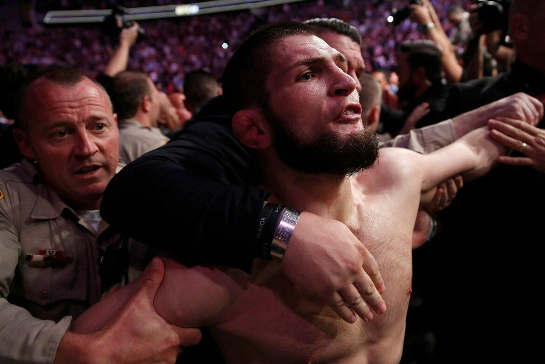 MMA-Star Nurmagomedow: Titel verteidigt, Karriere beendet