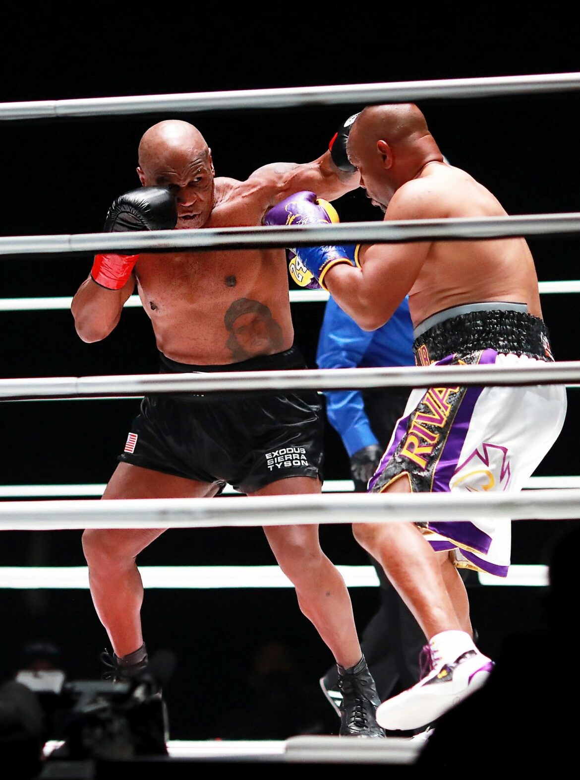 Tysons Comeback-Langweiler gegen Jones: Prügelei am Barbecue
