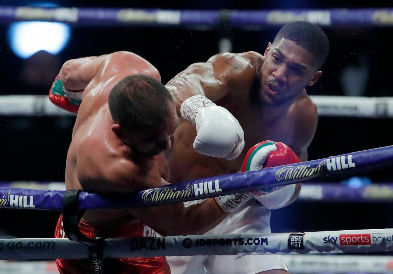 Box-Superstar Joshua bleibt Vierfach-Weltmeister