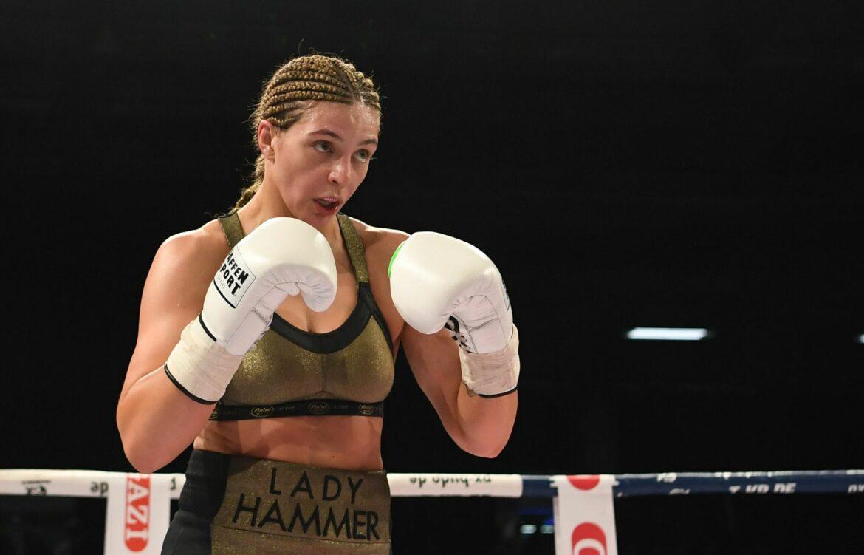 Profiboxerin Christina Hammer holt WM-Titel